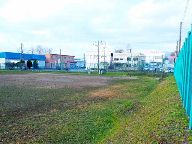 西桔梗西緑地野球場