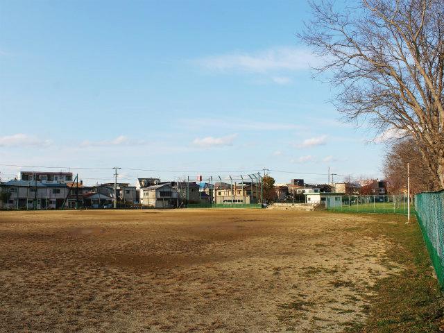 新川公園野球場