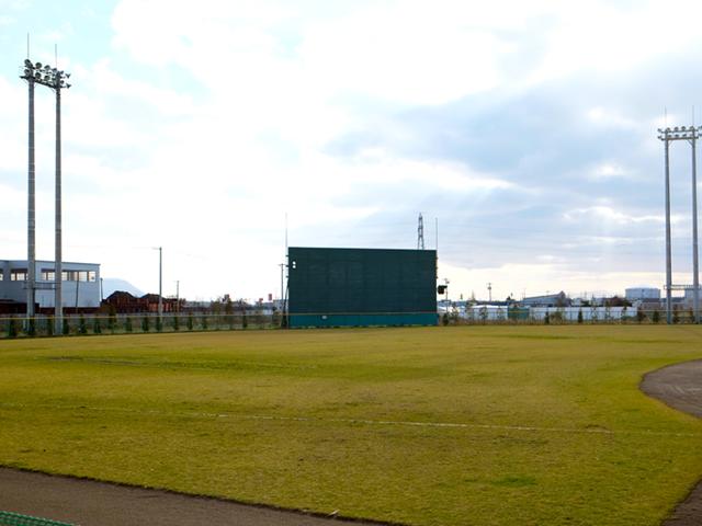 西桔梗野球場